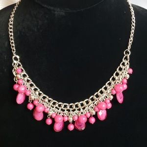 New Necklace w/Earrings Pink Beads vary